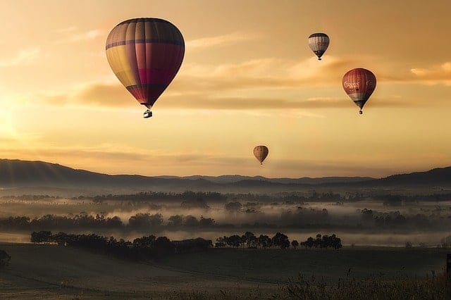 Ballonger symboliserar mobilabonnemang utan bindningstid